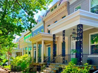 In-Person Home Showings in DC Remain Higher Than 2019