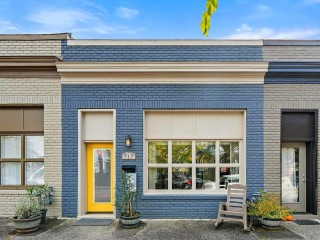 Best New Listings: A Storefront-Turned-Loft on F Street