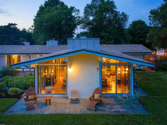 This Week's Find: Chloethiel Woodard Smith-Designed Mid-Century Modern on the Eastern Shore