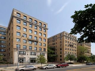 Class B Apartment Rents Down 11% in DC, Per Report