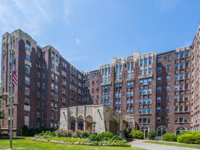 4000 Cathedral Avenue NW, 433B