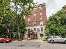 1661 Crescent Place NW #309