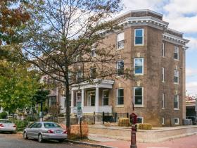 1601 Hobart Street, Unit 1