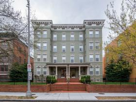 1324 Euclid St NW #108
