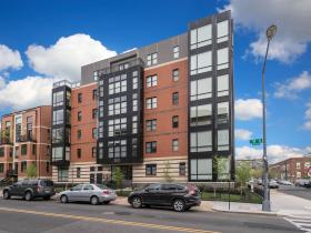 2101 11th St NW, #301