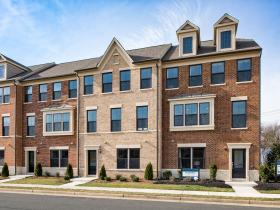 3710 Powell Lane Falls Church , VA. 22041