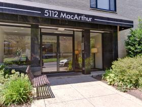 5112 MacArthur Blvd NW, #204