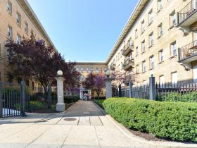 1401 Columbia Road NW, #209