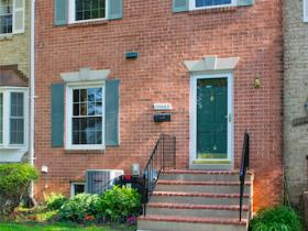 10943 Amherst Avenue