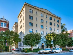1514 17th St NW Unit 208