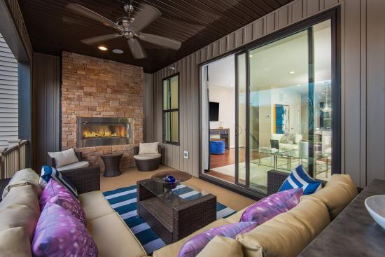 20464 Taft Terrace