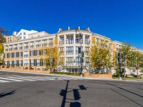2501 Wisconsin Avenue NW, Unit 303