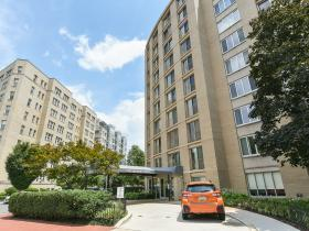 1239 Vermont Ave NW, Unit 907