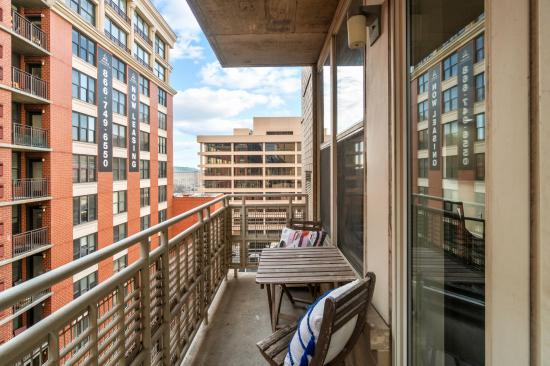 715 6th Street NW #701